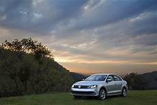 vw jetta mqb vw applies subtle updates to 2015 jetta gives it new