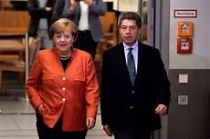 Angela Merkel Deswegen Blieb Ehemann Joachim Sauer Am