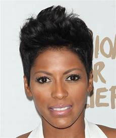 tamron hall hairstyle tamron hall short straight casual hairstyle black hair color