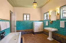 badezimmer fliesen mediterran moroccan bathrooms with a modern flair ideas inspirations