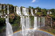 Pemandangan Indah Gambar Air Terjun Iguazu