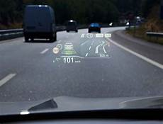 bmw up display how it works and what information can