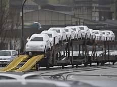 schweizer autoh 228 ndler verkaufen 2011 mehr autos als 2010
