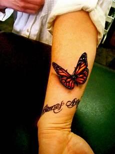 Schmetterling Handgelenk - 50 wrist tattoos for