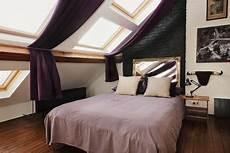 schlafzimmer einrichten mit schräge schlafzimmer schr 228 ge gestalten