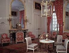 grande le de salon this is versailles petit trianon grand salon