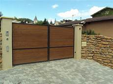 fabrication portail bois fabricant portail lyon 69 rh 244 ne automatisme portail
