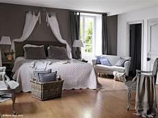 deco lit adulte decoration chambre ciel de lit visuel 1