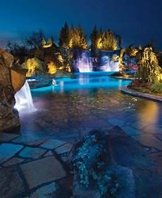 swimmingpool luxus im eigenen 160 tolle bilder luxus pool im garten architecture