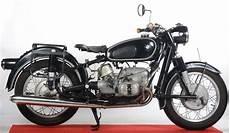 vente en gants blancs 224 chartres pour des motos de