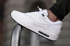 nike air max 1 essential white black sbd