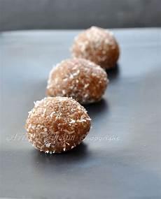 dolcetti con wafer sbriciolati tartufini con wafer al cocco dolce senza cotturavickyart cioccolato ricette dolci