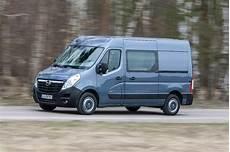 opel offering navi 80 intellilink for vivaro movano vans