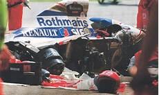 Ayrton Senna Unfall - broken beyond repair newspaper