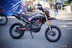 Modifikasi Supermoto by Intip Modifikasi Honda Crf150l Supermoto By Ahm Gambaran
