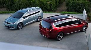 2018 Chrysler Pacifica Redesign Specs Change Price
