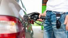 Kraftstoffe Was Plus E5 Und E10 Bedeuten