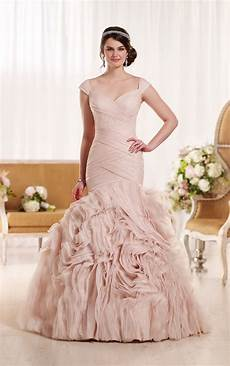 picture of wedding gown wedding dresses bold wedding dress essense of australia