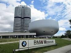 bmw museum münchen muzeum bmw wolna encyklopedia