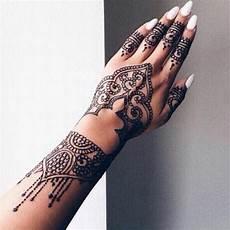 wie viel kostet ein henna