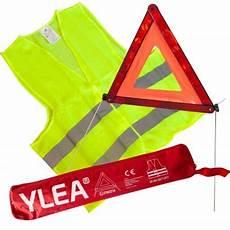 triangle pour voiture le triangle de signalisation pour la protection des accidents de la route