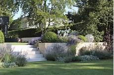Privatgarten Auf Zwei Ebenen In Gr 228 Felfing Gartenplanung