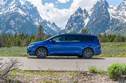 2019 Chrysler Pacifica Hybrid Update Lee Iacocca Dies