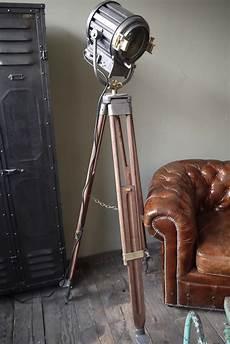 projecteur cinema ancien 81719 ancien projecteur cinema des studio anglais pinewood richardson an 30 40 pied bois