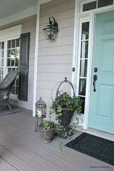 my 2 favorite paint colors for creating a weathered gray finish