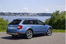 New 2014 Skoda Octavia Scout Launched Fresh Details And