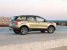 Ford Kuga Mk2 Presse Bilder Und Fotos Galerie Ford