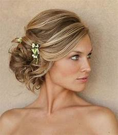 from hair to curls wedding hairdos for the this season the express