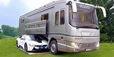 volkner mobil zeigt wohnmobil mit garage f 252 r den bmw i8