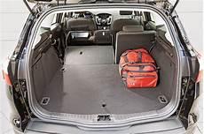 kofferraumvolumen ford focus turnier kompaktklasse kombis und suvs test 2 focus kuga golf