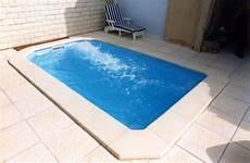 piscine moins de 10m2 piscine coque polyestere 224 fond plat de dimension 4 2 x 2