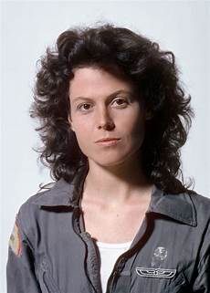 sigourney weaver filme sigourney weaver all hail the of sci fi sci fi