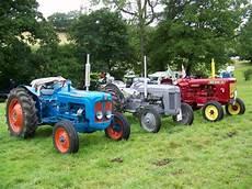 file vintage tractors melbury abbas vintage rally
