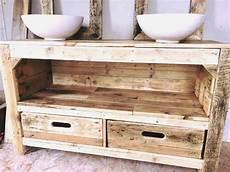 palettophile meubles et am nagements en bois de palette sur mesure the baltic post