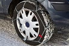 pneu neige ou chaine cha 238 nes chaussettes neige ou pneus hiver