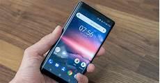 Kompakte Smartphones 2017 - kompaktes kraftpaket nokia 8 sirocco im on