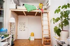 bett für kinderzimmer ein hochbett selber bauen diy anleitung teo bedroom