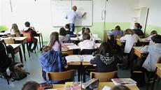 au cours les quot stylos rouges quot des professeurs en col 232 re