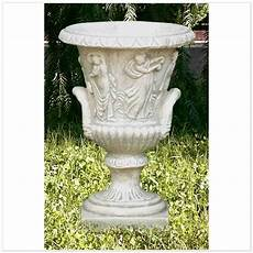 vasi da fiori per esterno vasi per esterno pleadi 58510984 fioriere da esterno