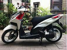 Modifikasi Vario Cbs by Modifikasi Vario Cbs Putih Modifikasi Honda Cb150r