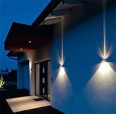 Außenbeleuchtung Haus Led - fassaden wand leuchten in led technik