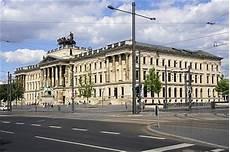 Braunschweig Schloss Arkaden - braunschweiger schloss residenzschloss schlossarkaden