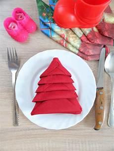 weihnachten servietten falten tree napkin folding favecrafts