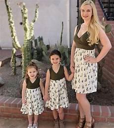tenue assortie de m 232 re en fille robe cactus tout comme maman