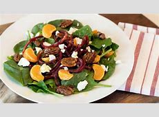 spinach salad with beets image