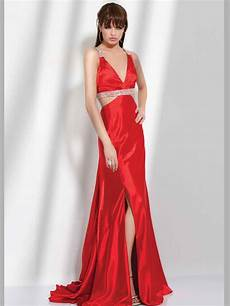 hairstyle make up ideas for wearing a red dress women